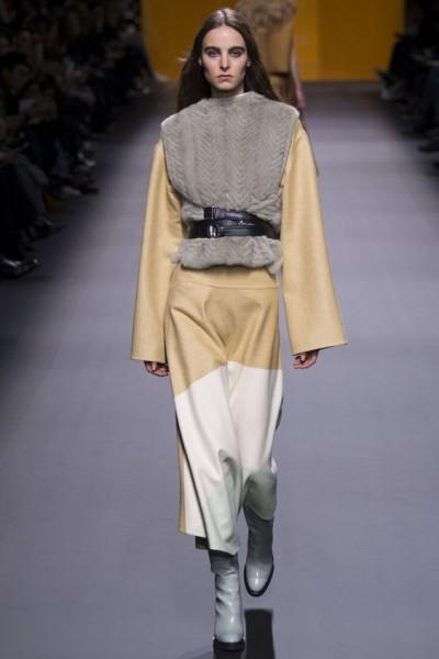 Hermes_pokaz-osen-zima-modnie-trendy-FW2016-2017-01
