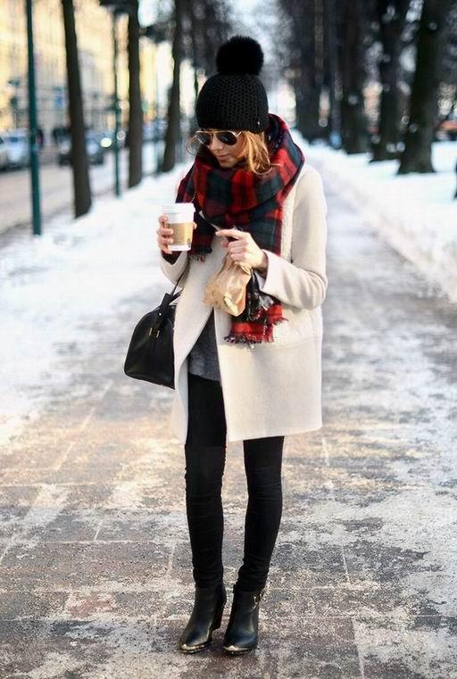 Kak vybrat' zhenskuju shapku na osen'-zimu