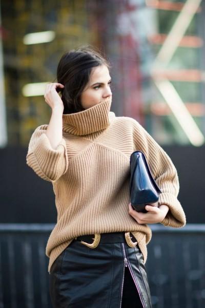 Стильные женские свитера 2017