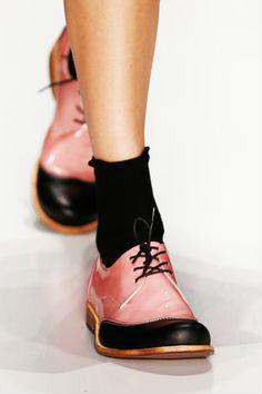 Модная обувь для девушки на весну