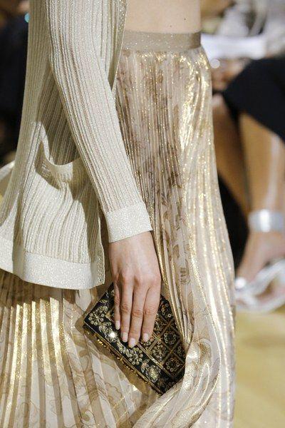 юбка золотых оттенков