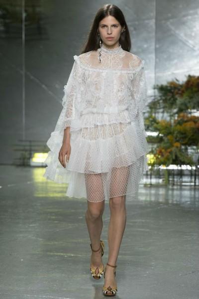 полупрозрачные короткие платья