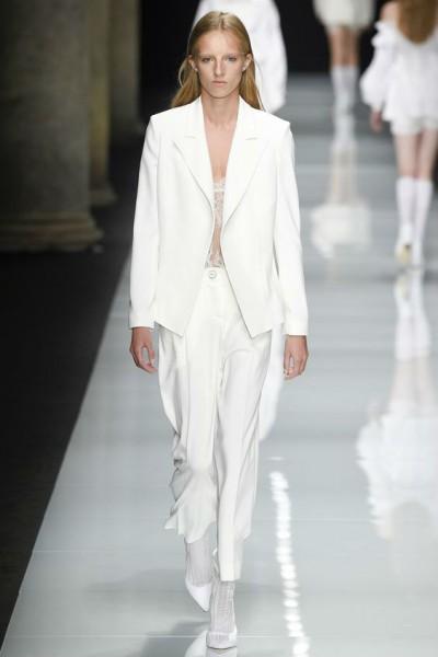белый пиджак для девушки