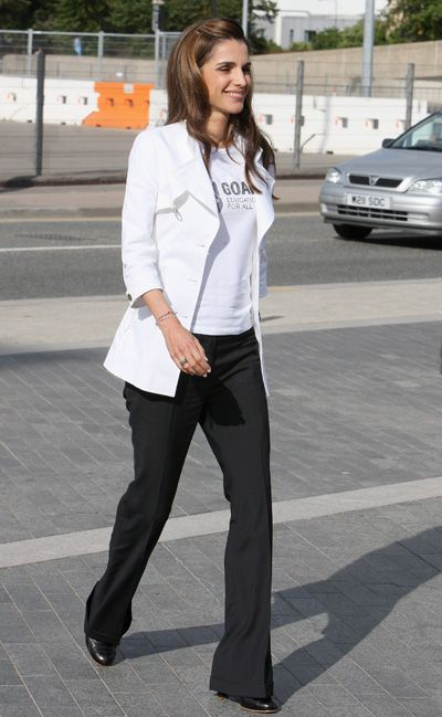 одежда королевы иордании