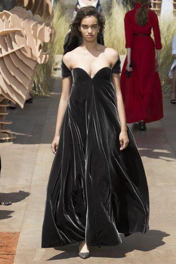 платье из бархата в пол