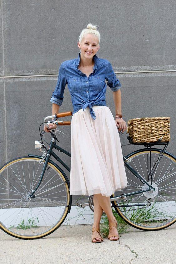 фатиновая юбка с джинсовой рубашкой