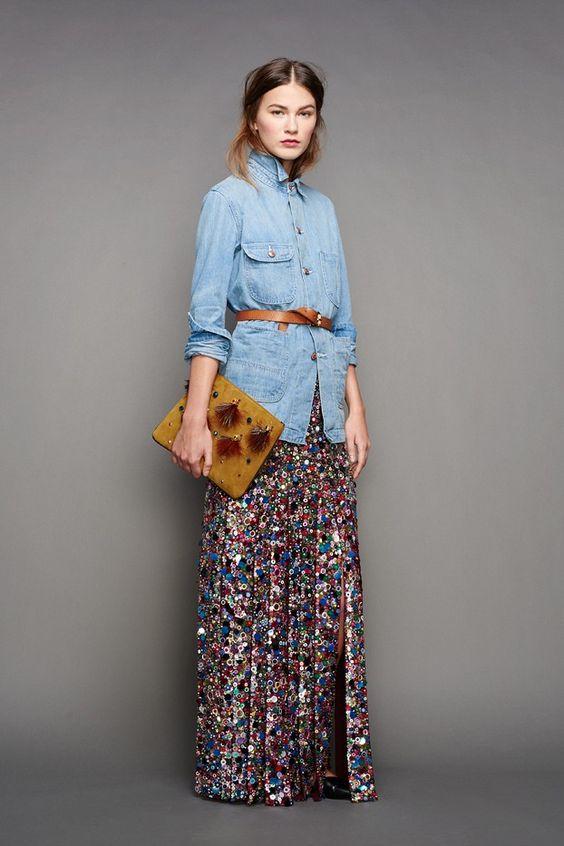 джинсовая рубашка с длинной юбкой