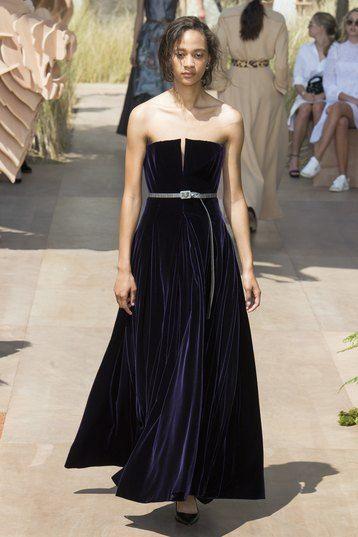 модели платьев из бархата