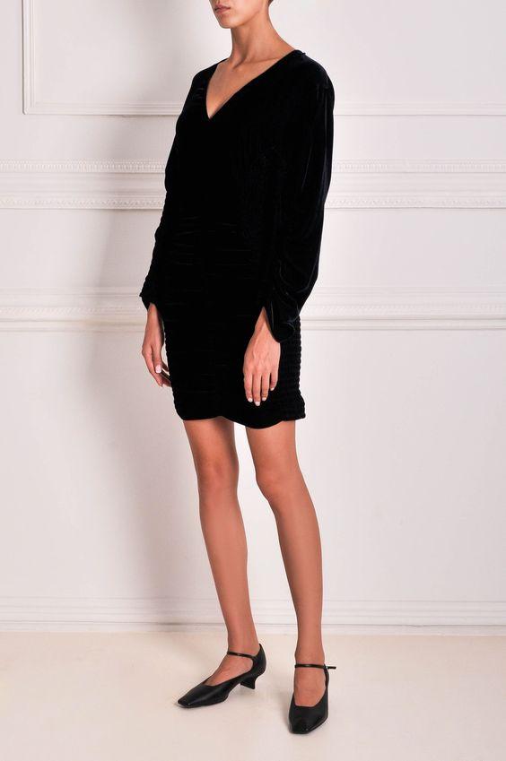 короткое черное бархатное платье