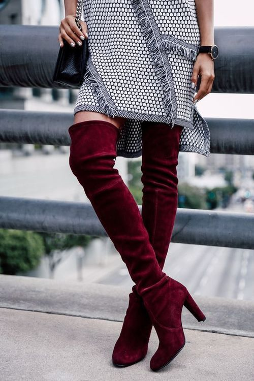 сочетание красного и серого цвета в одежде