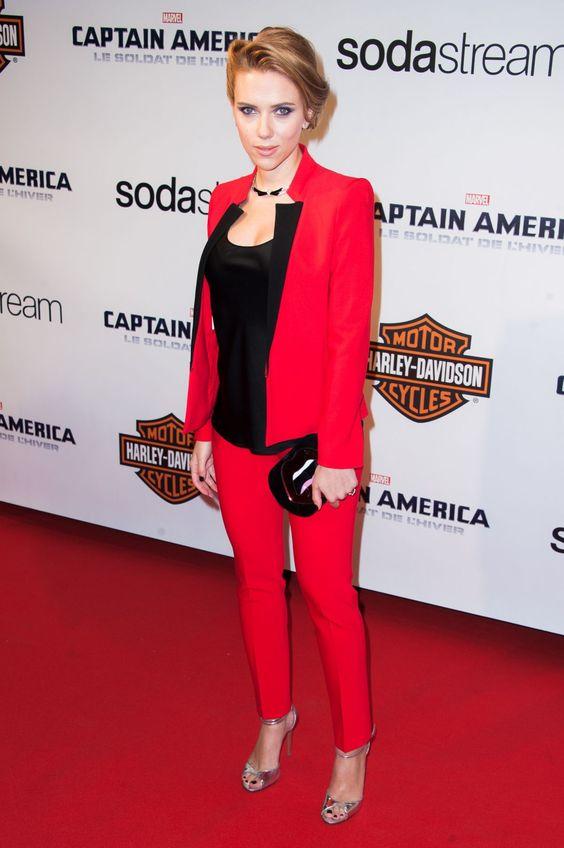 сочетание черного с красным в одежде
