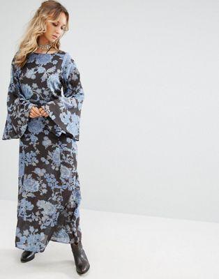женское платье в ретро стиле