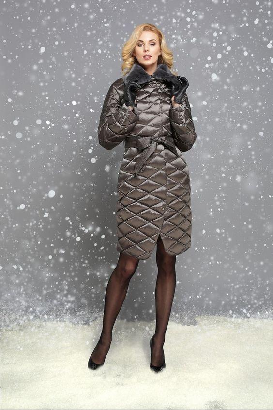 25a8952d961 Советы стилиста  как носить пуховик женщинам 35+