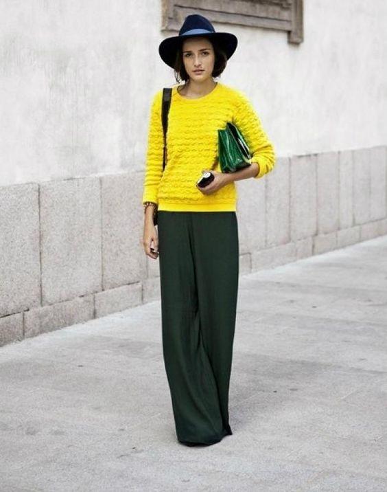 стильный желтый свитер