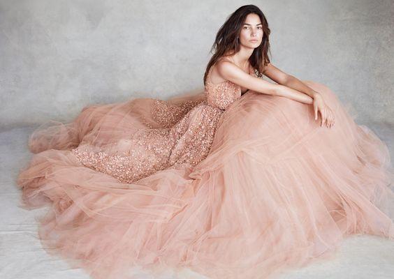 С чем носить розовый в 30+ лет