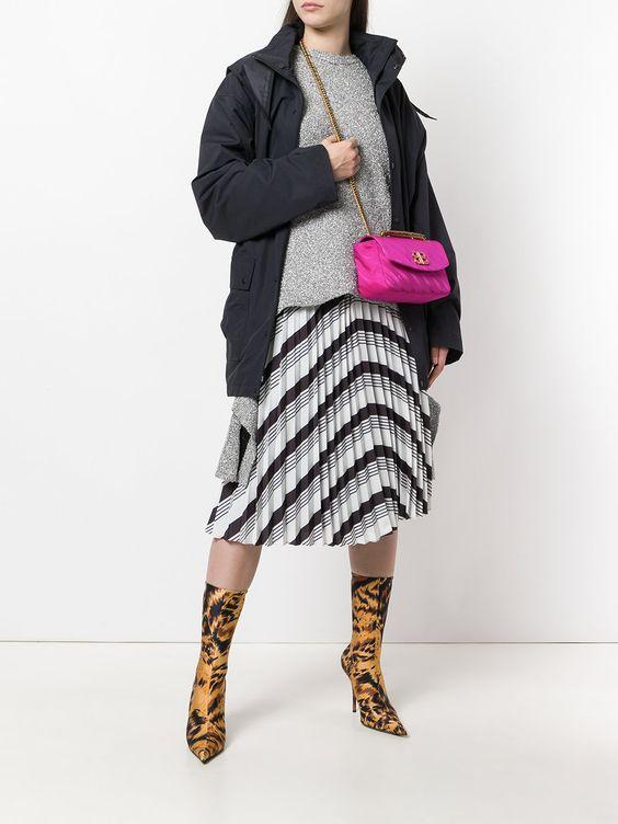 розовая сумка с чем носить