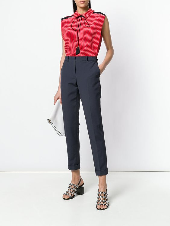стильный образ с укороченными брюками