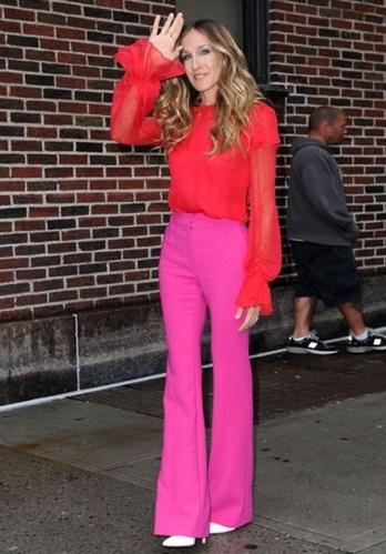 яркие стильные брюки