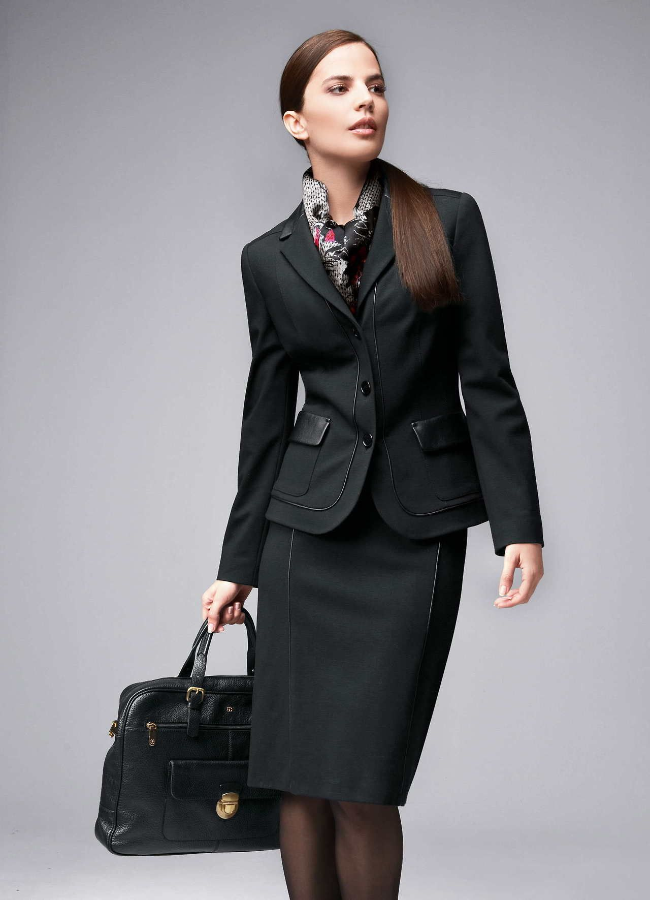 woman business casual
